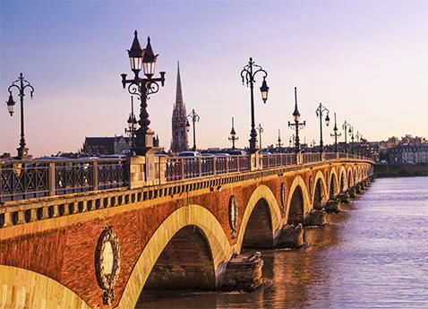 Pont de Pierre Bridge (Stone Bridge) over the Garonne River in Bordeaux, France