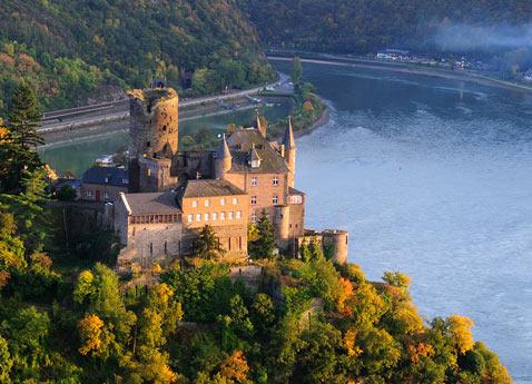 Rhine_Katz_Castle_Aerial_Alamy_RM_478x345_v2_tcm21-58689